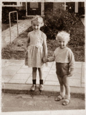 De Zwerfielosoof en zijn zus